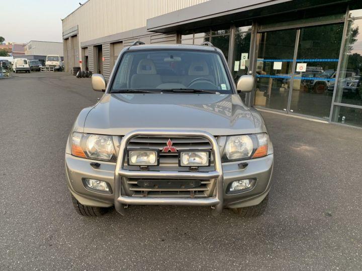 Mitsubishi PAJERO 3.5 L V6 GDI 202 CV Elegance Champagne - 3