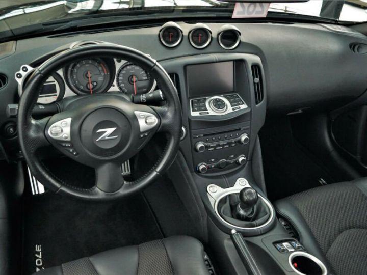 Nissan 370Z Pack noir SANTORINI - 8
