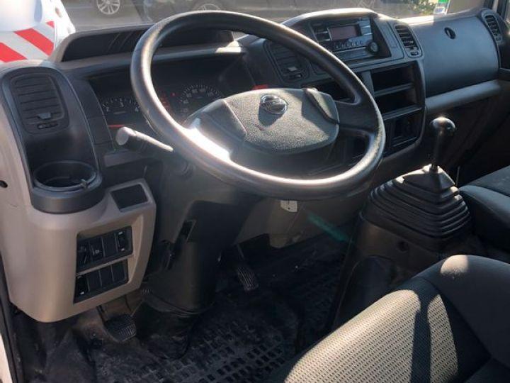 Nissan Cabstar nt400 benne cabreta 2016  - 4