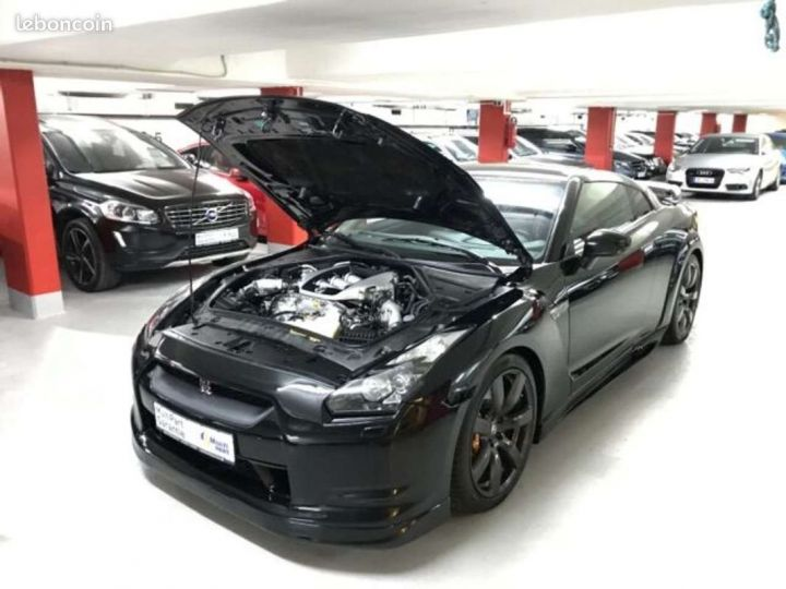 Nissan GT-R Full Black   Carbon Edition   R35   Noir métallisée  - 1
