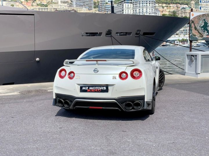 Nissan GT-R GENTLEMAN EDITION 3.8L V6 570CH Blanc Vendu - 10