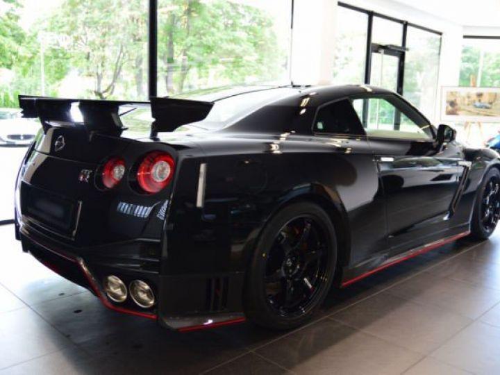 Nissan GT-R Nismo noir - 3