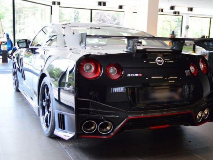 Nissan GT-R Nismo noir - 4