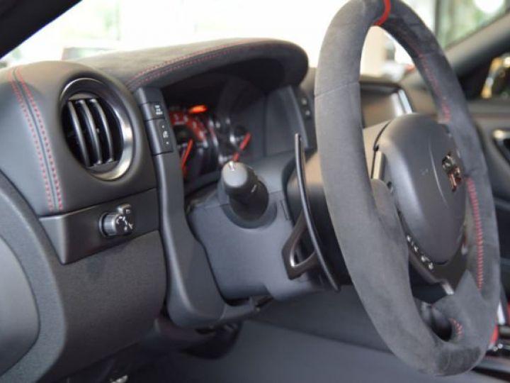 Nissan GT-R Nismo noir - 8