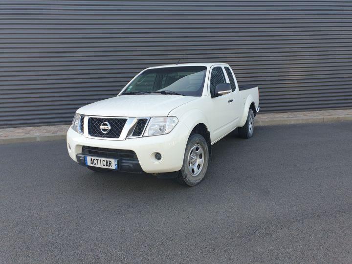 Nissan NAVARA 2 cab 2.5dci 190 4x4 Blanc Occasion - 1