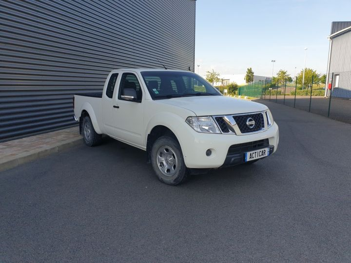 Nissan NAVARA 2 cab 2.5dci 190 4x4 Blanc Occasion - 2