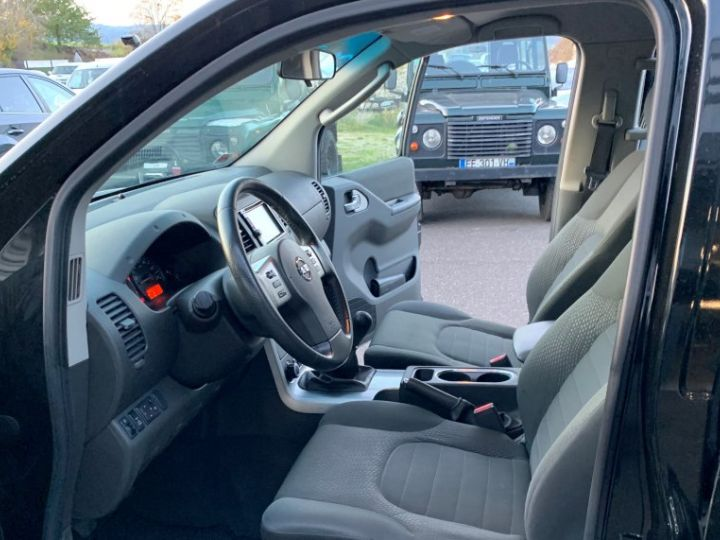 Nissan NAVARA Double Cabine 2.5 DCI 190 CV SE Noir - 11
