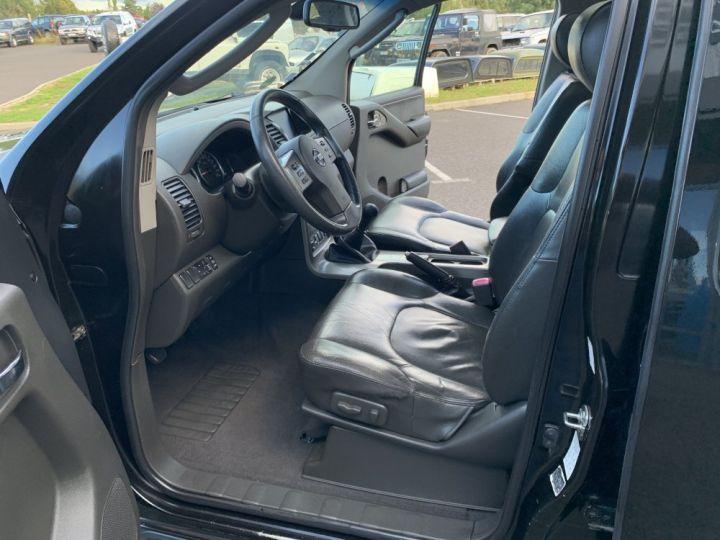 Nissan Pathfinder 2.5 DCI 174 CV Elegance Noir - 19