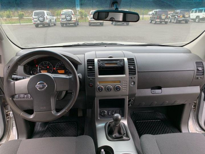 Nissan PATHFINDER 2.5 L DCI 174 CV Confort Gris clair - 15