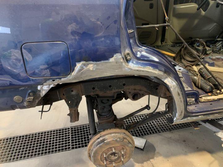 Nissan TERRANO 2.7 L TDI 125 CV Long Sport Bleu - 15