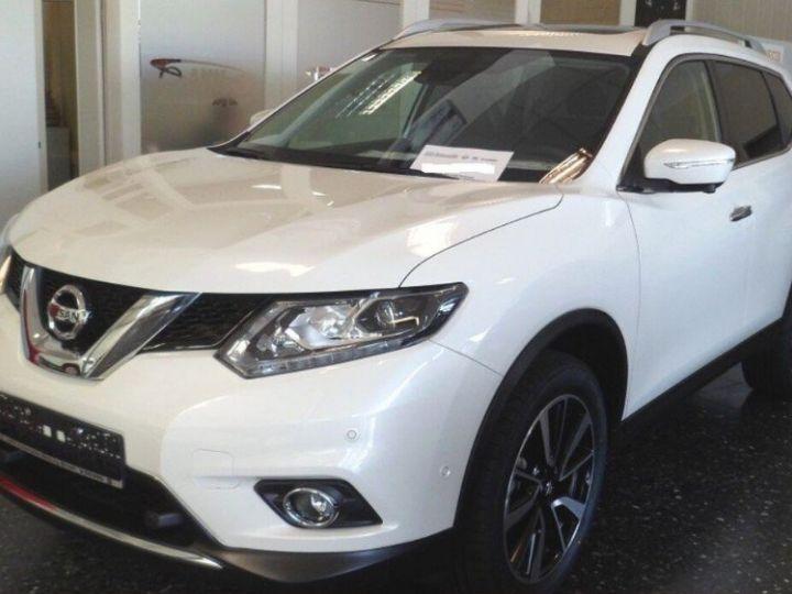 Nissan X-TRAIL 1.6 dCi 130 Xtronic Tekna (03/2017) blanc métal - 2