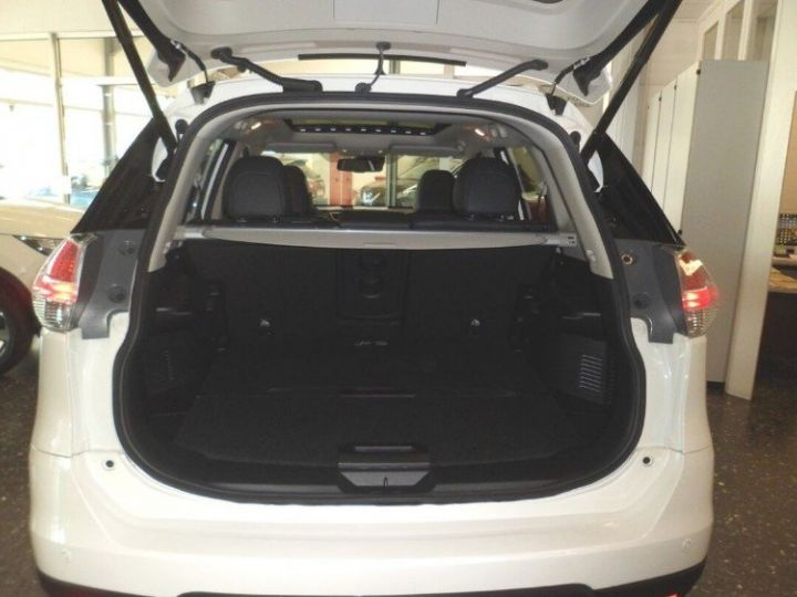 Nissan X-TRAIL 1.6 dCi 130 Xtronic Tekna (03/2017) blanc métal - 6