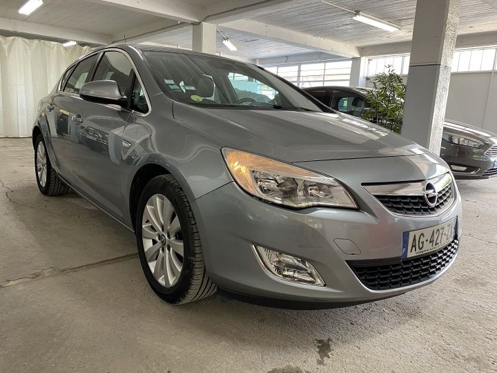 Opel Astra 1.7 CDTI110 FAP ENJOY Gris - 3