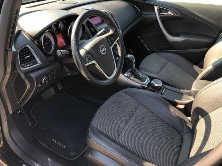 Opel Astra 4 IV 20 CDTI 160 COSMO BVA Noir Occasion - 3