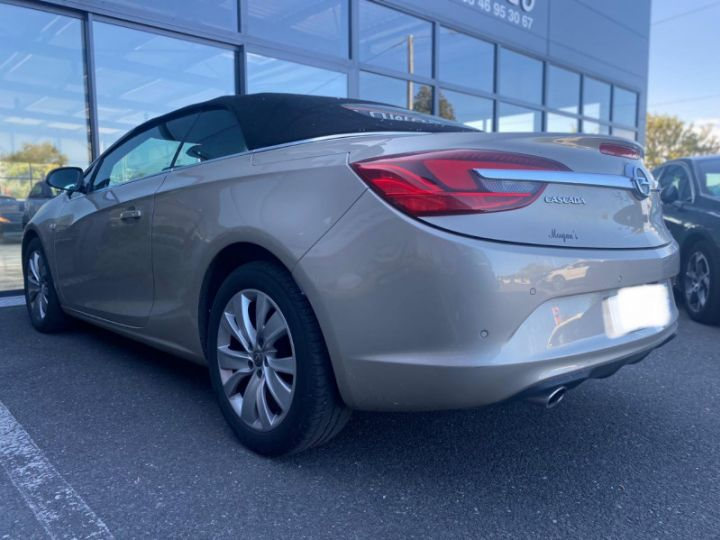 Opel Cascada 2.0 CDTI 165CH COSMO PACK START&STOP Mokka - 11
