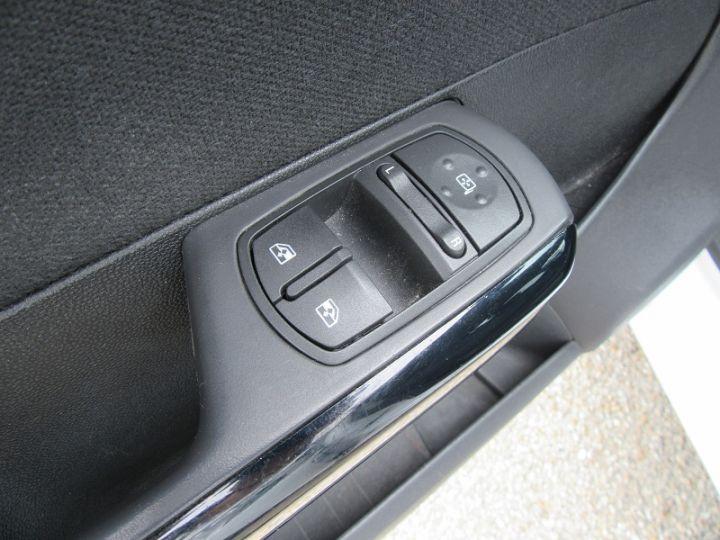 Opel Corsa 1.3 CDTI75 FAP COLOR EDITION 5P Blanc Occasion - 11