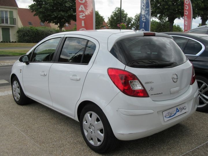 Opel Corsa 1.4 TWINPORT COSMO  5P Blanc Occasion - 3