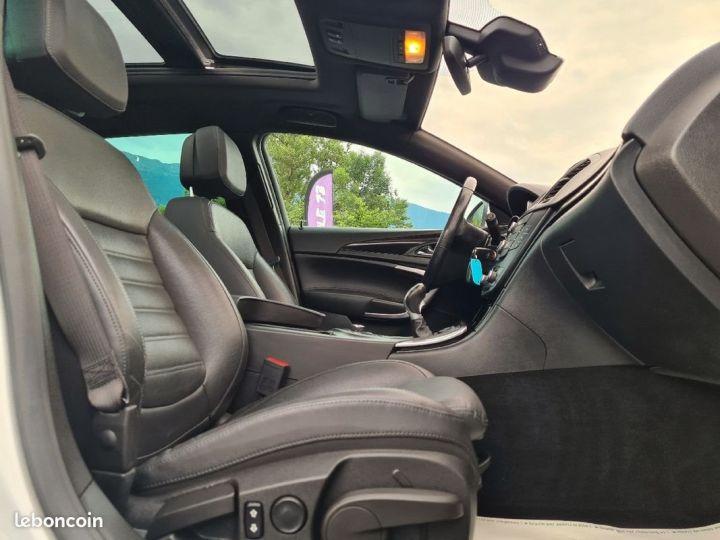 Opel INSIGNIA st 2.0 cdti biturbo 195 4x4 opc line 02/2012 GPS CUIR TOE XENON REGULATEUR  - 4