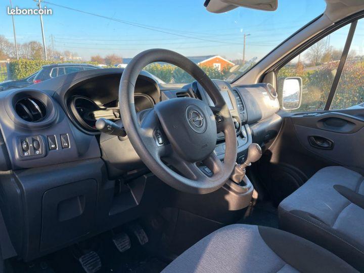 Opel Vivaro biturbo l2h1 9 places 2017  - 6