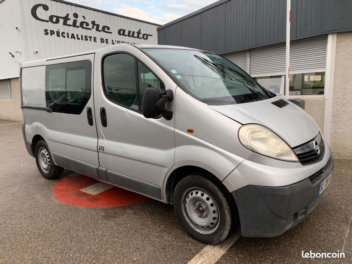 Opel Vivaro l1h1 6 places  - 1