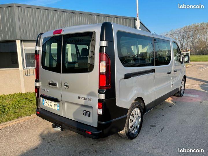 Opel Vivaro l2h1 9places 86.000km  - 5