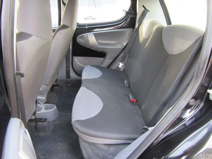 Peugeot 107 1.0 12V URBAN 5P Noir Occasion - 9
