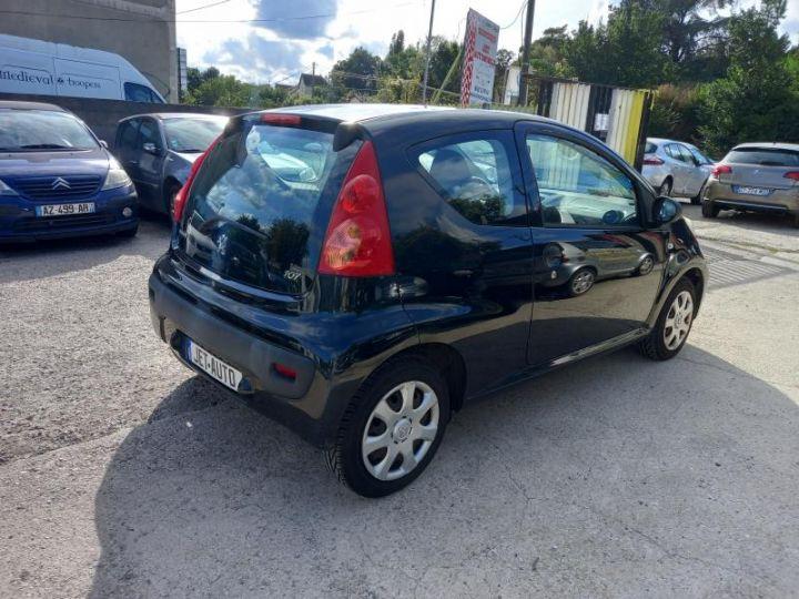 Peugeot 107 (2) 1.0 60 URBAN  - 2