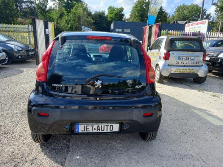 Peugeot 107 (2) 1.0 60 URBAN  - 11