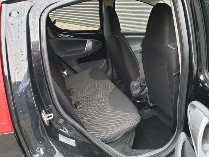 Peugeot 107 ii 2 1.0 68 sportium 5 portes 5p Noir Occasion - 7
