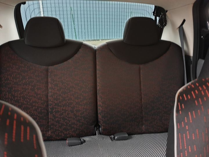 Peugeot 107 ii 2 1.0 68 sportium 5 portes i Noir Occasion - 8