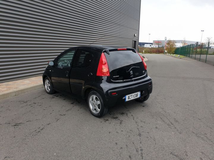 Peugeot 107 ii 2 1.0 68 sportium 5 portes i Noir Occasion - 13
