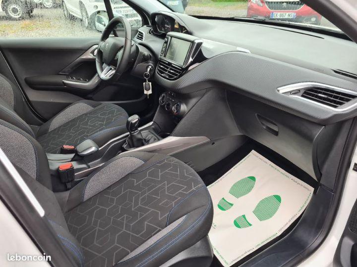 Peugeot 2008 1.2 puretech 82 style 02/2018 32000kms 1°MAIN GPS REGUL BT  - 4