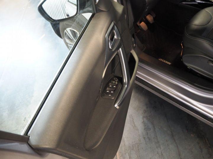Peugeot 2008 1.2 PURETECH  ALLURE 130 E6 Gris ARTENSE - 11