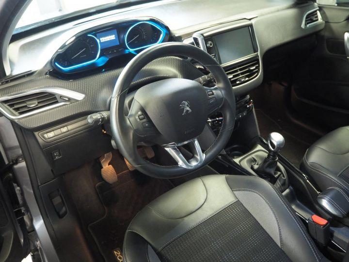 Peugeot 2008 1.2 PURETECH  ALLURE 130 E6 Gris ARTENSE - 13