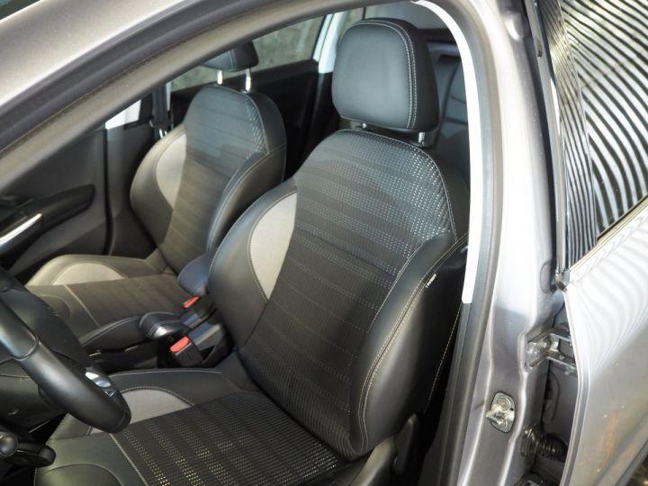 Peugeot 2008 1.2 PURETECH  ALLURE 130 E6 Gris ARTENSE - 14