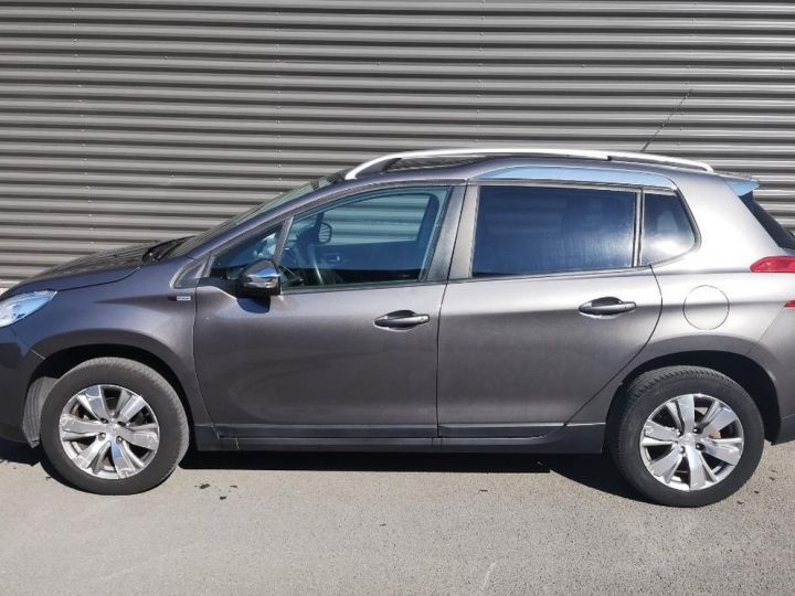 Peugeot 2008 1.2 VTI 82 STYLE ii Gris Occasion - 2