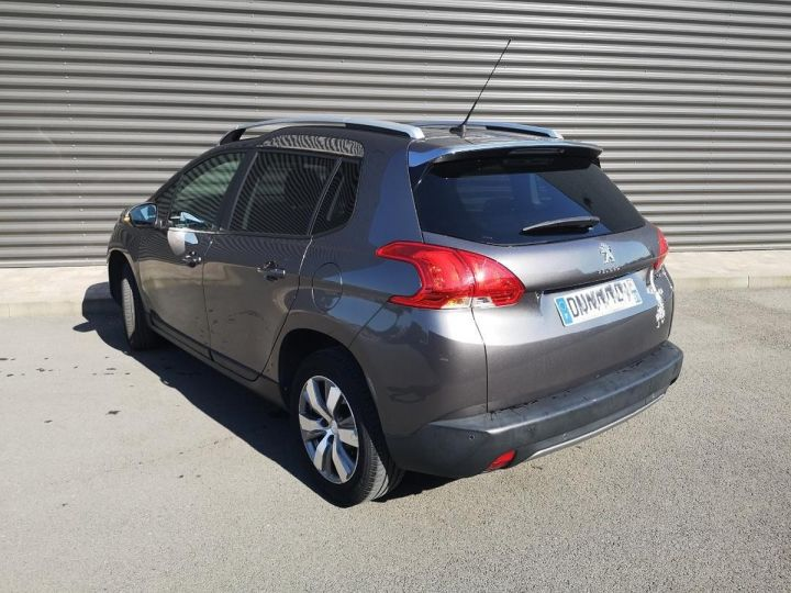 Peugeot 2008 1.2 VTI 82 STYLE ii Gris Occasion - 5