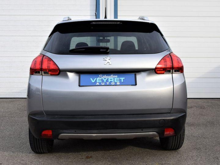 Peugeot 2008 1.2 VTi 82cv STYLE GRIS - 4