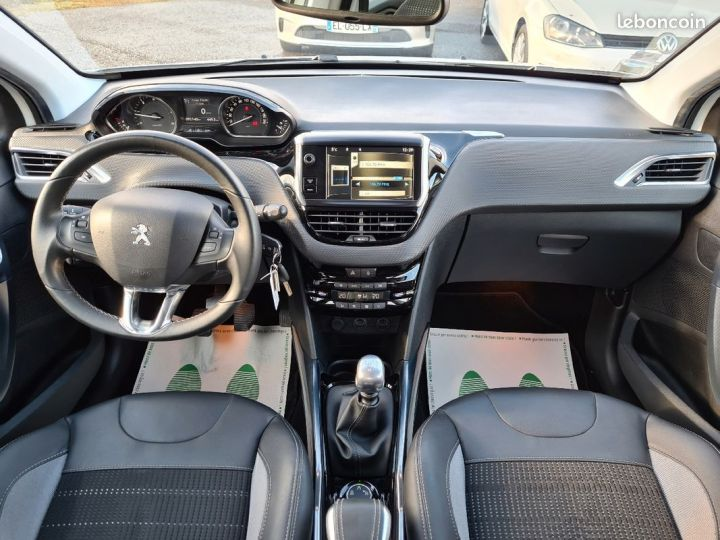 Peugeot 2008 1.6 e-hdi 115 allure 10/2013 GRIP CONTROL 1°MAIN  - 5