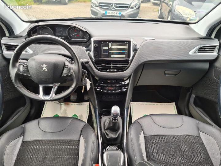 Peugeot 2008 1.6 e-hdi 115 allure 10/2013 GRIP CONTROL 1°MAIN SEMI CUIR  - 5