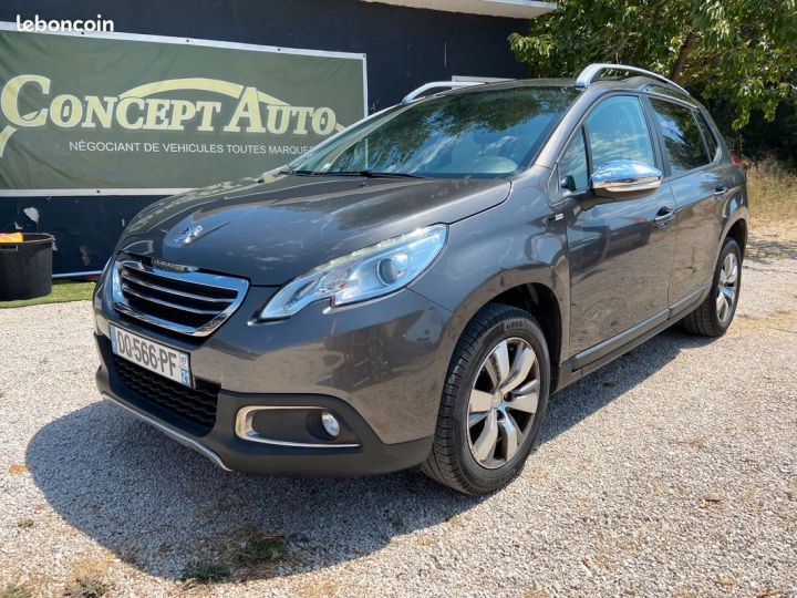 Peugeot 2008 1.6 e-hdi 92 cv style Gris Occasion - 1