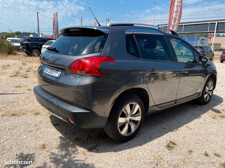 Peugeot 2008 1.6 e-hdi 92 cv style Gris Occasion - 3