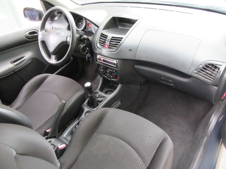 Peugeot 206 1.1 60CH URBAN EURO5 5P GRIS FONCE Occasion - 10