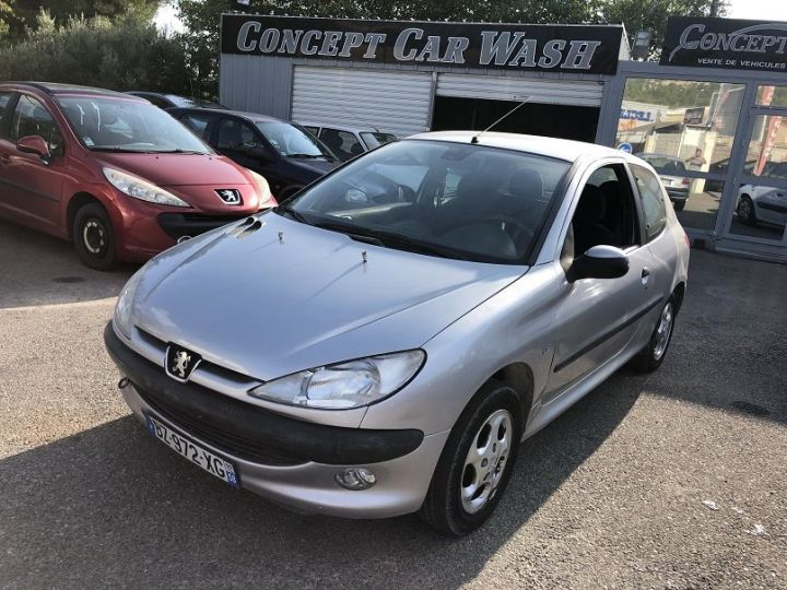 Peugeot 206 GRIS METAL Occasion - 1