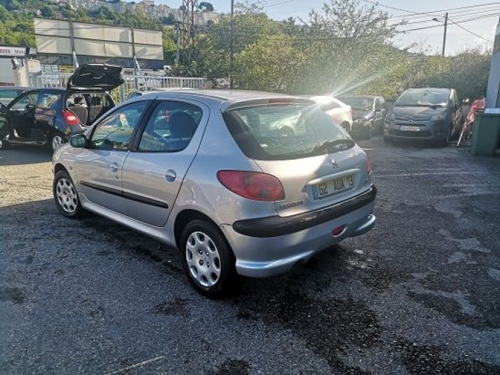 Peugeot 206 GRIS METAL Occasion - 3