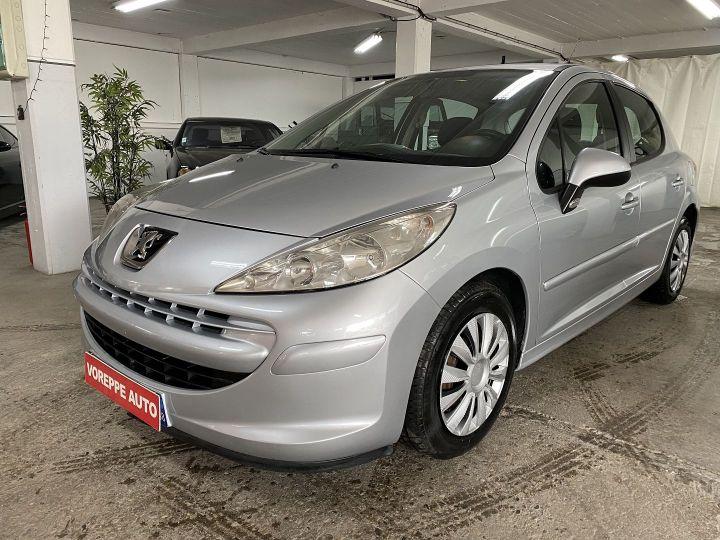Peugeot 207 1.4 HDI70 TRENDY 5P Gris C - 1