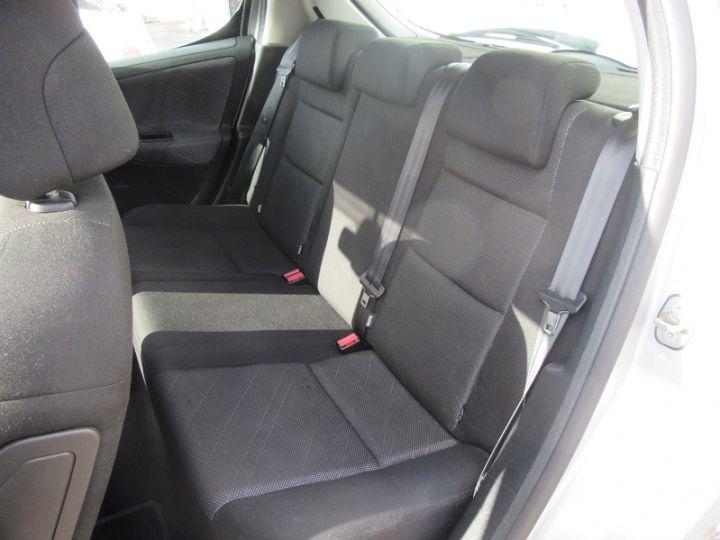 Peugeot 207 1.6 HDI110 SPORT FAP 5P Gris Clair - 9