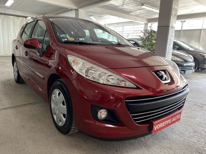 Peugeot 207 1.6 HDI90 ACTIVE 5P Rouge - 3
