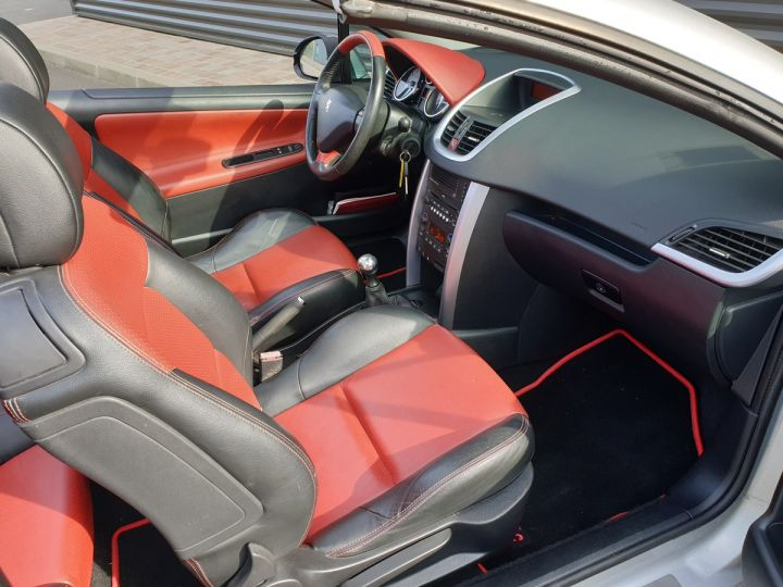 Peugeot 207 CC 1.6 thp 150 feline iii Gris Clair Occasion - 7