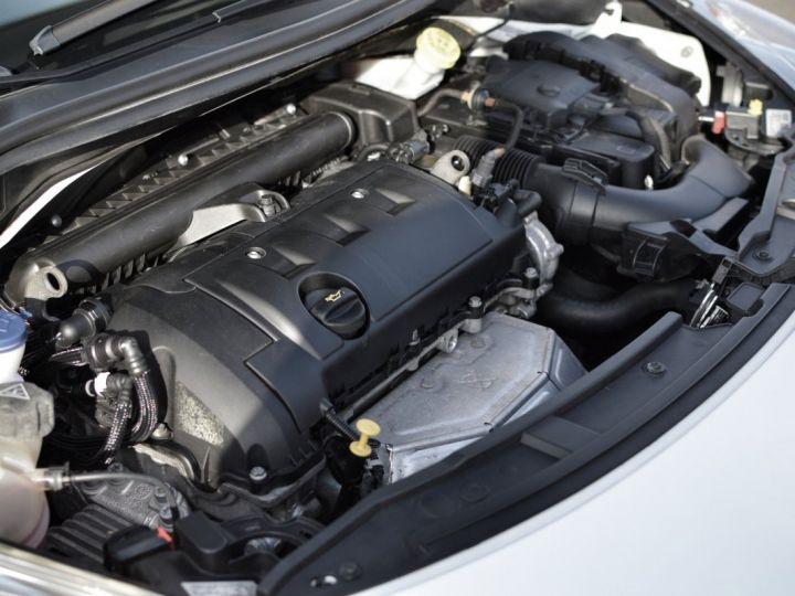 Peugeot 207 CC FACELIFT 1.6 16v 120ch Blanc - 20